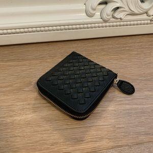 🆕LAST2 • Weave Zipper Wallet, Black